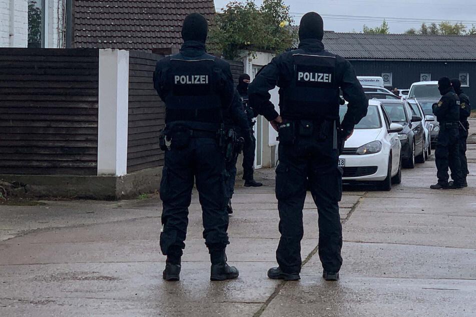 """Razzia: Polizei löst rechtsextreme Boxveranstaltung """"Kampf der Nibelungen"""" auf"""