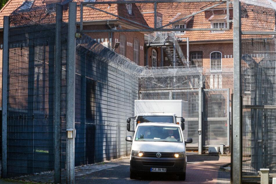 Entflohene Straftäter nach Schusswechsel festgenommen