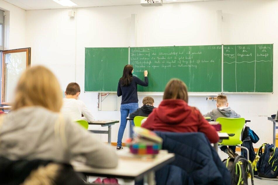 Ab Freitag soll das Impfportal in Sachsen für alle Lehrer und Lehrerinnen freigeschaltet werden.