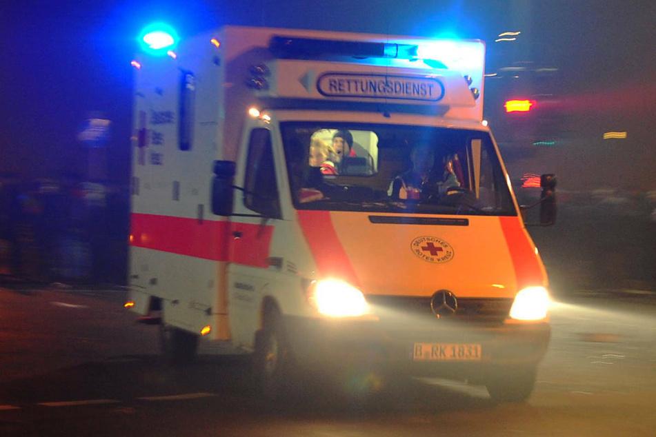 Am Freitagabend ist ein Motorradfahrer bei einem Verkehrsunfall in Berlin-Buckow mit seiner Maschine gestürzt und hat sich dabei schwer verletzt. (Symbolfoto)