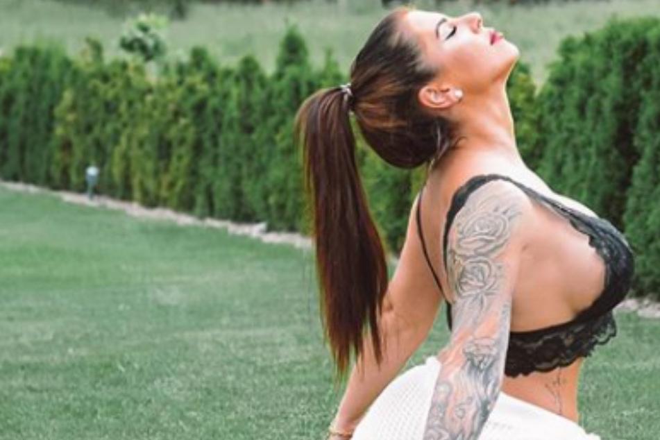 Jenny Frankhauser zeigt sich sexy, doch ein Detail verärgert ihre Fans