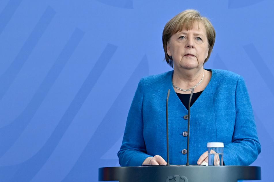 Bundeskanzlerin Angela Merkel (66) spricht auf einer Pressekonferenz