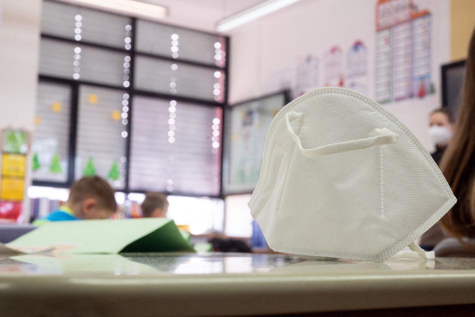 Das Kabinett will sich am Dienstag mit dem Thema Schulen und Maskenpflicht befassen.