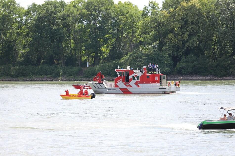 Mann geht im Rhein unter: Zwei Kinder müssen alles mit ansehen