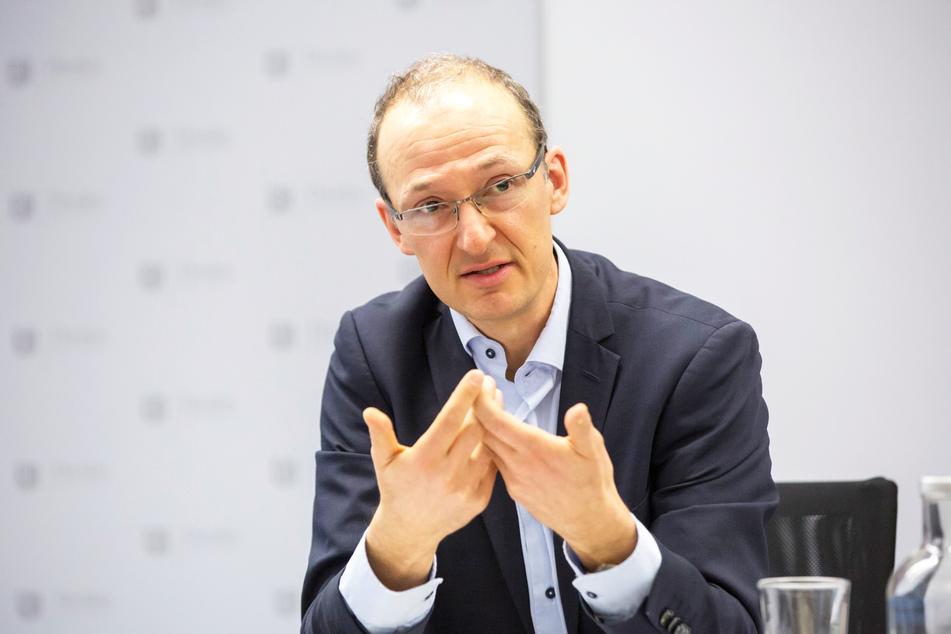 Bauamtsleiter Robert Franke (42) plant mit 39 Millionen Euro städtischer Gelder.