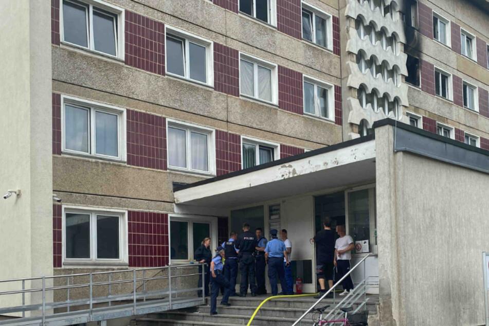 Feuer im Asylheim ausgebrochen: Bewohner evakuiert, Kripo ermittelt