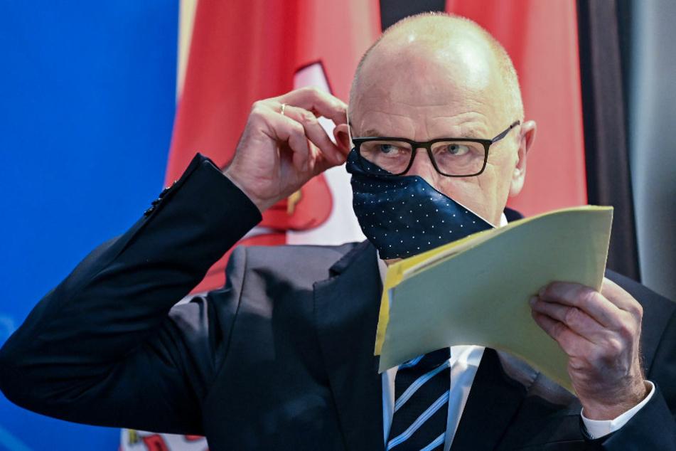 Brandenburgs Ministerpräsident Dietmar Woidke (59, SPD) hat sich vor der nächsten Ministerpräsidentenkonferenz (MPK) am kommenden Mittwoch skeptisch gegenüber Lockerungen bei den Corona-Beschränkungen gezeigt.