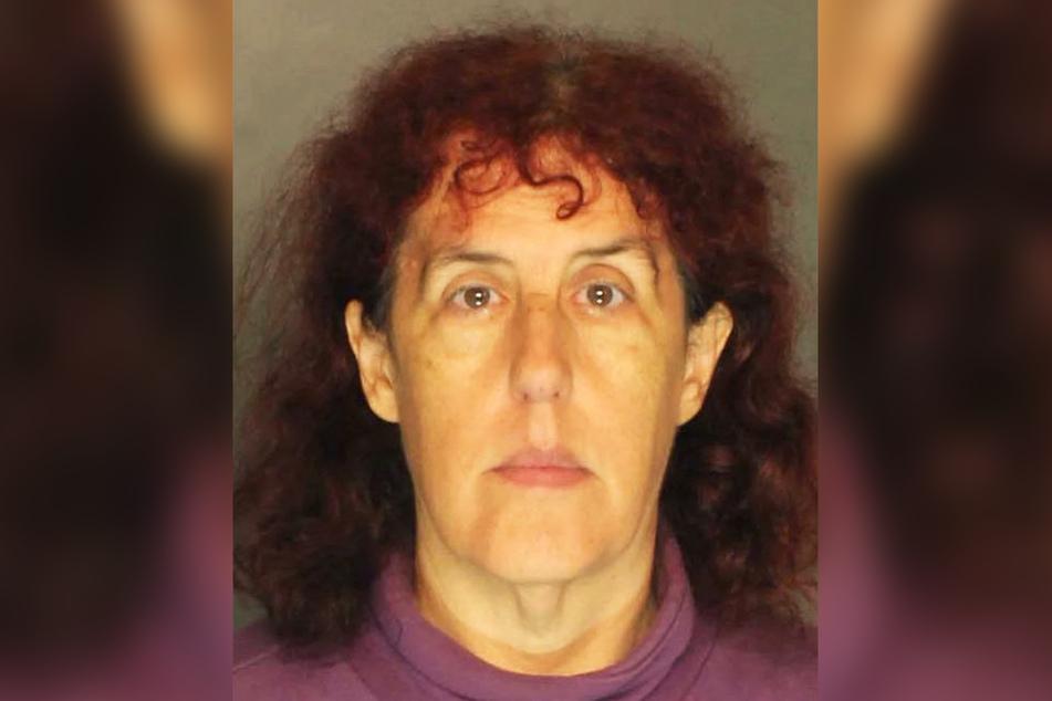 Cynthia Carolyn Black (61) versteckte ihre tote Großmutter in einem Gefrierschrank.