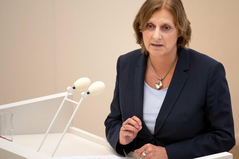 Berlin: Bildungspolitiker diskutieren Öffnung von Schulen und Kitas