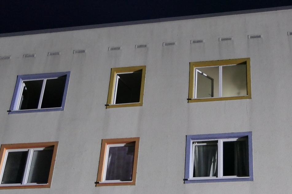 Küche in Flammen, Bewohner eingeschlossen? Feuerwehreinsatz in Grimma