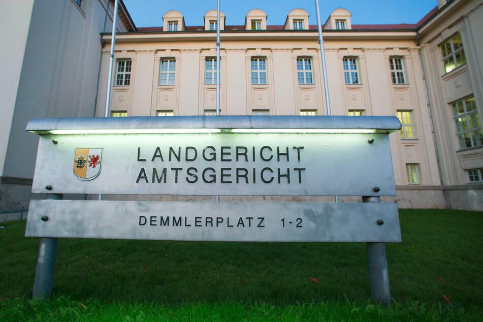 Blick auf das Gebäude des Landgerichts in Schwerin.