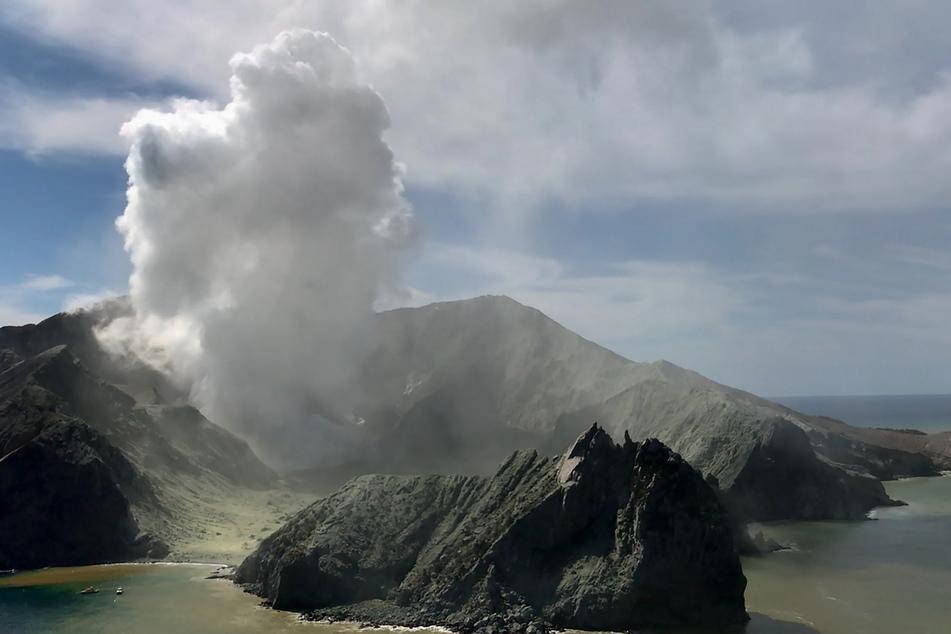 Nach Vulkanausbruch in Neuseeland: Deutscher Tourist verstorben