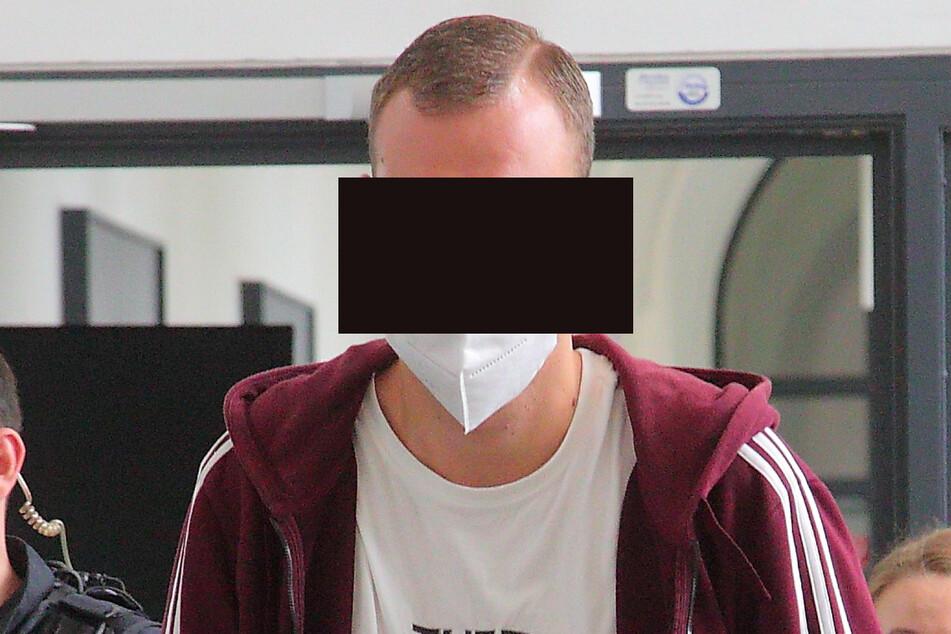 Der Haftbefehl gegen Maik K. (33) wurde außer Vollzug gesetzt.