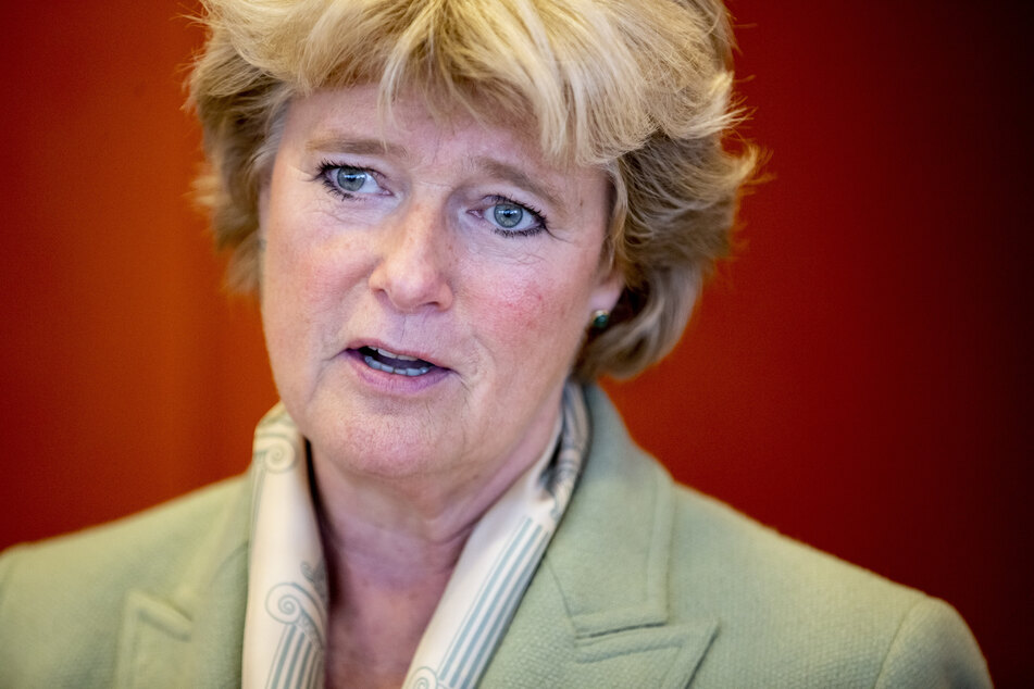 Nach Kritik an ersten Hilfspaketen will Kulturstaatsministerin Monika Grütters weiter an der Unterstützung für die Kulturszene feilen.