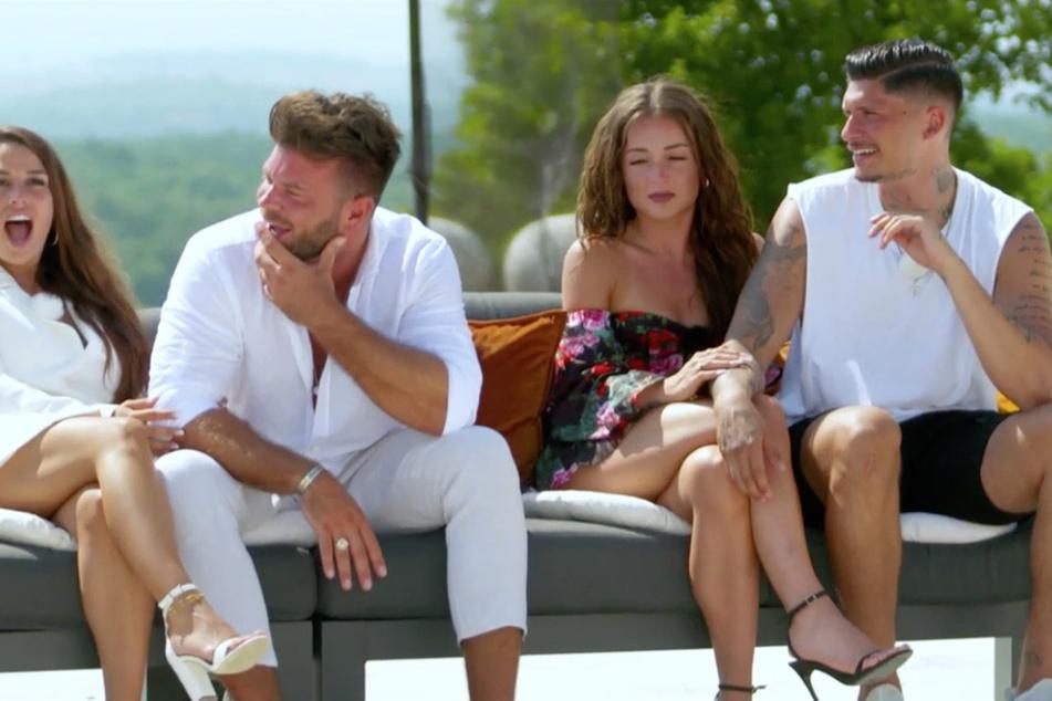 Als Marlisa (31) und Fabio (26) über ihre Beziehung reden, gucken die anderen Paare nicht schlecht aus der Wäsche.
