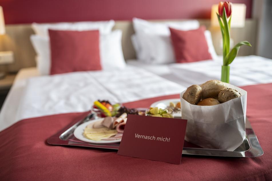 """Das """"Tillmann's"""" bringt das Valentins-Frühstück ans Bett."""