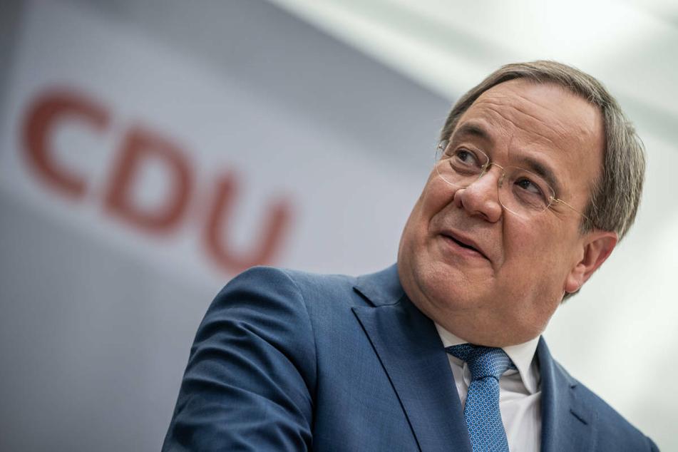 Spitzenkandidat Armin Laschet (60, CDU) und die Union haben nach den jüngsten Umfragewerten gut schmunzeln.