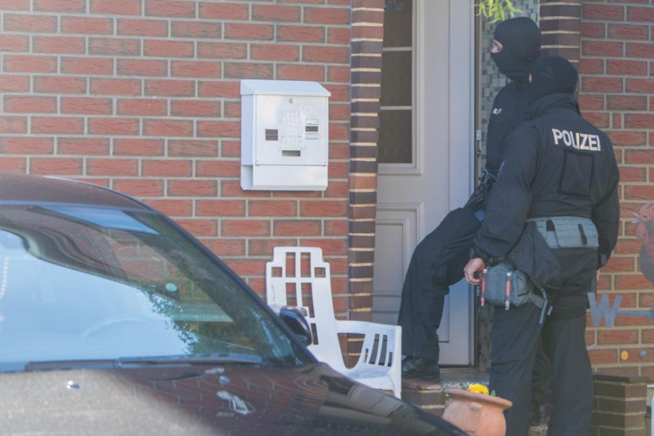 Razzia! Polizei geht gegen Automatenknacker-Bande vor