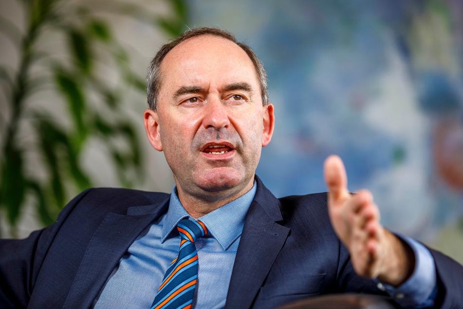 FREIE-WÄHLER-Chef Hubert Aiwanger (50) sprach exklusiv mit TAG24.