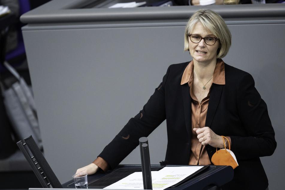 Bundesbildungsministerin Anja Karliczek (50, CDU) verteidigte ihr Ressort gegen die Kritik von Winfried Kretschmann.