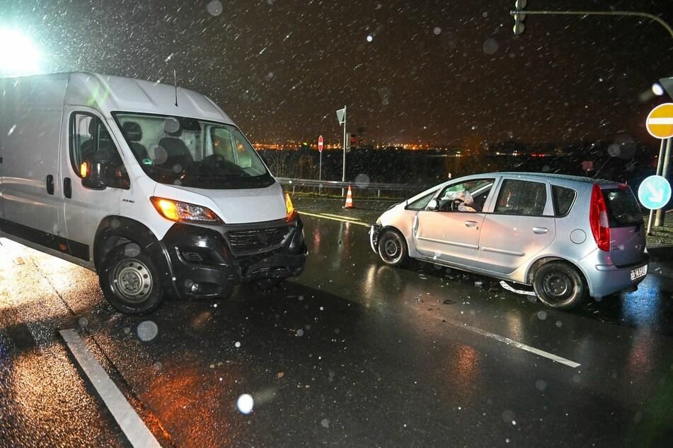 Die beiden Unfallwagen auf der Anschlussstelle Bautzen-West.