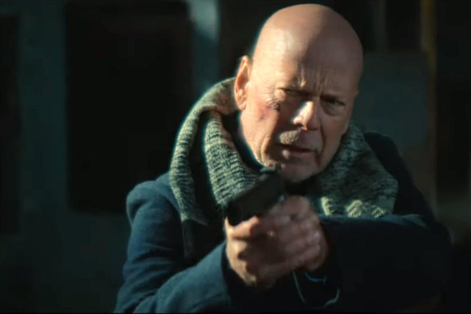 """Kann Bruce Willis in """"Hard Kill"""" noch einmal zu seinen früheren Glanzzeiten aufschließen?"""