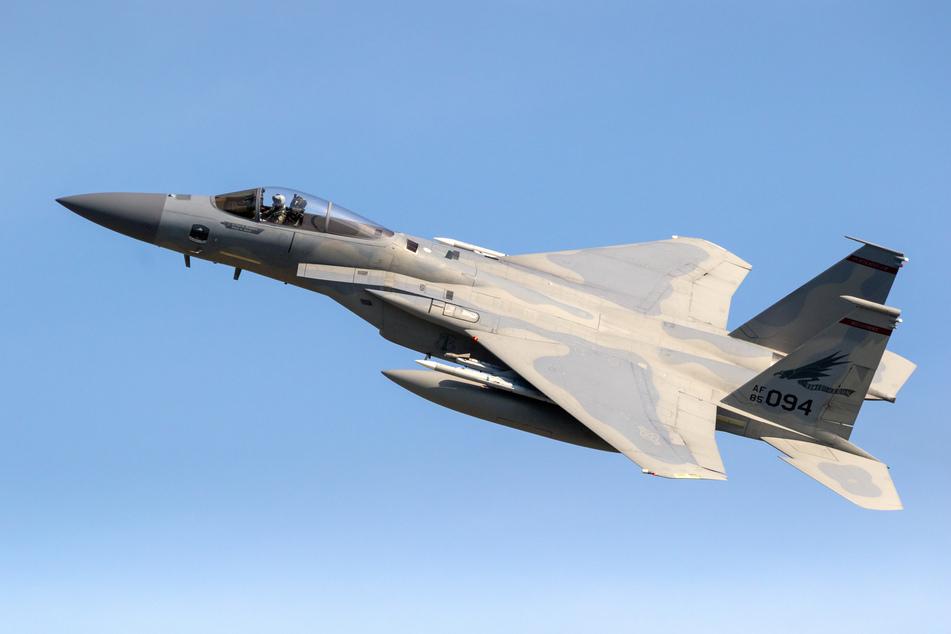 Während Übungsflug: Kampfflugzeug stürzt vor Küste in die Nordsee