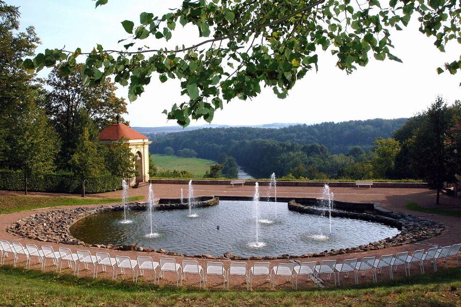 Im Barockgarten Lichtenwalde gibt es mehr als 330 Wasserspiele.