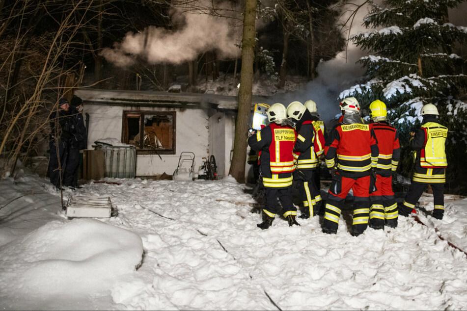 Brandstiftung? Bungalow-Brand im Erzgebirge