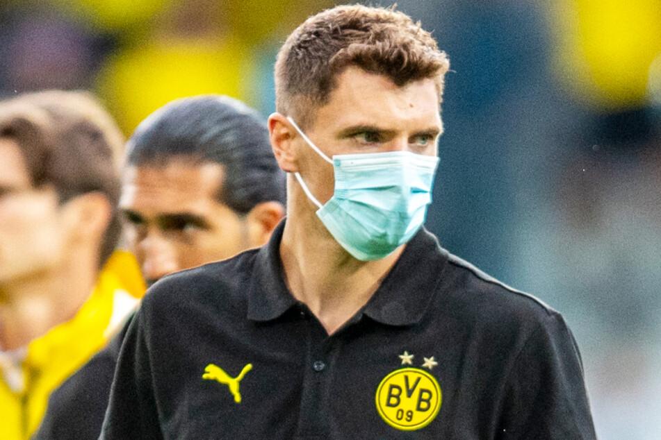Thomas Meunier (29) von Borussia Dortmund ist kurz vor dem Start in die neue Spielzeit positiv auf Corona getestet worden und fehlt somit vorerst.