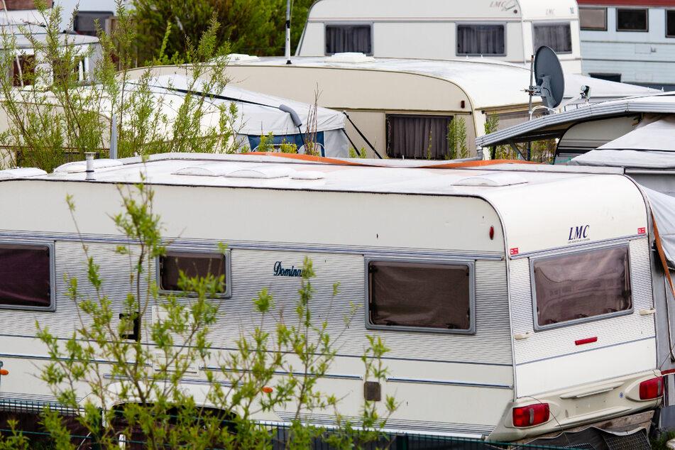 Campingplatz als Wohnung? Dauercamper pocht auf Kündigungsschutz!