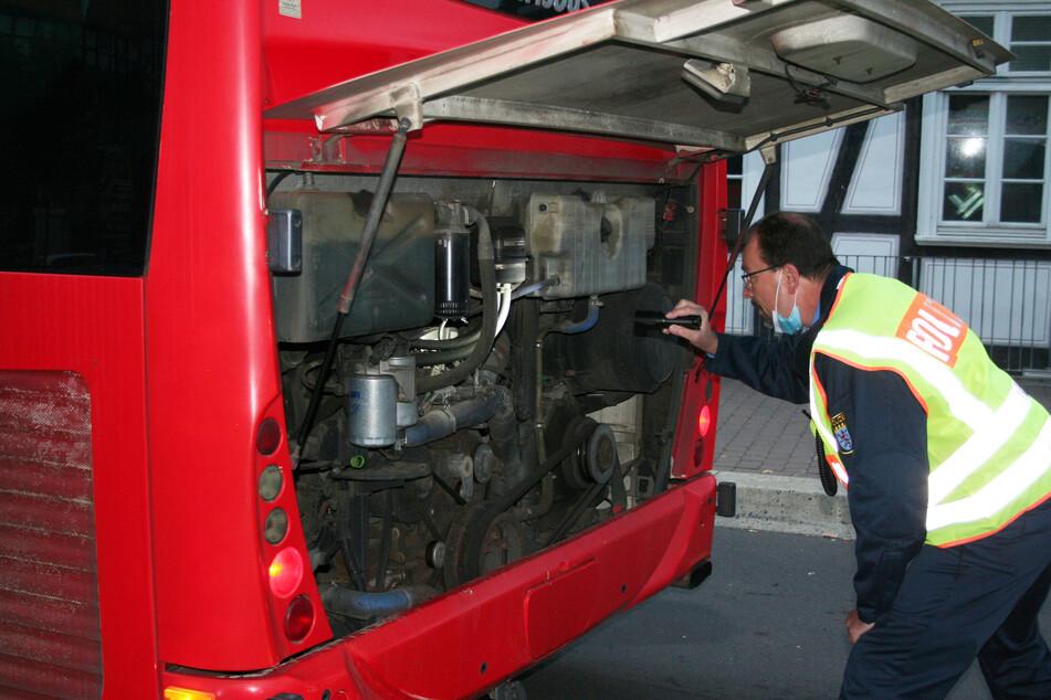 Am Montag führten die Beamten des Regionalen Verkehrsdienstes der Polizei im Schwalm-Eder-Kreis Schulbus-Kontrollen in Homberg und Fritzlar durch.
