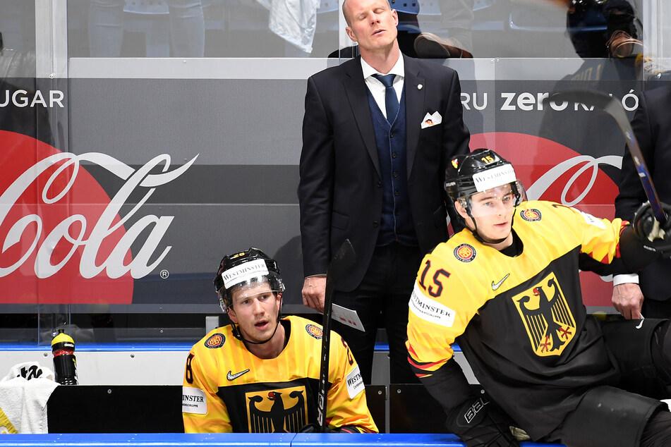 Die Absage der Eishockey-WM rückt für die DEB-Auswahl von Coach Toni Söderholm immer näher.