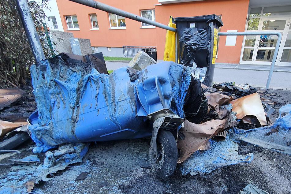 In der Nacht zu Dienstag brannten in Chemnitz wieder mehrere Müllcontainer. Einer der Tatorte war in der Straße Usti nad Labem.