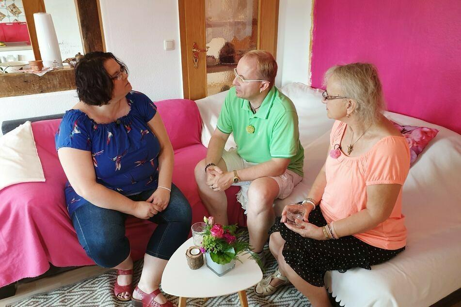 Für Engelfreund Heiko (45) und Mama Sigrid (66, r.) hieß es Abschied nehmen von der herzlichen Helga (44).