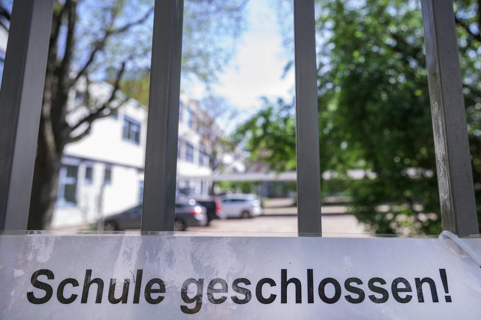 Knapp jede zehnte Schule ist derzeit in Deutschland geschlossen.