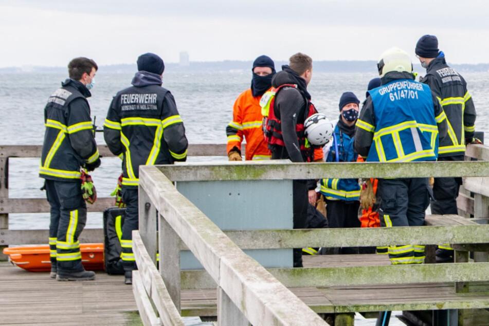 Retter bergen Kitesurfer aus der Ostsee, dann geht der nächste Notruf ein