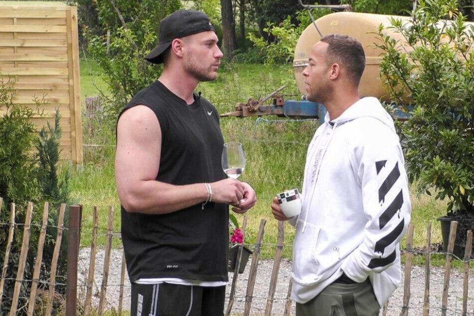 """Beim """"Sommerhaus der Stars"""" lernten sich Andrej Mangold (34, r.) und Chris Broy (30) näher kennen."""