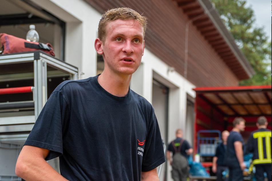 Erik Scheibe (19) und seine Kollegen von der Feuerwehr Zwickau-Auerbach finden die Ausbildung extrem realitätsnah.