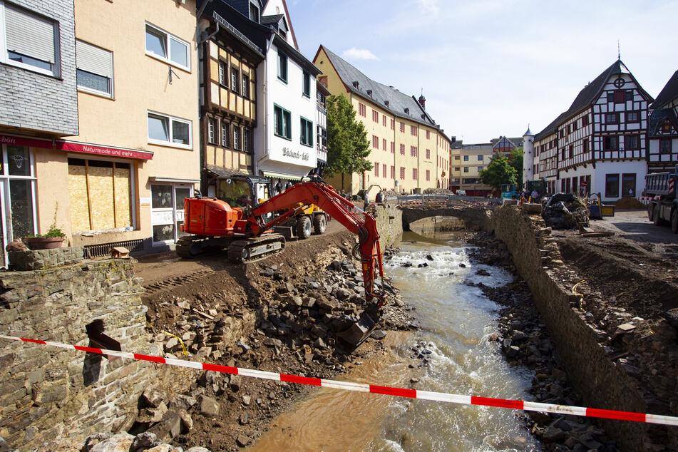 Hochwassergebiete überstanden Nacht ohne schweren Regen: Trotzdem gilt Vorsicht!