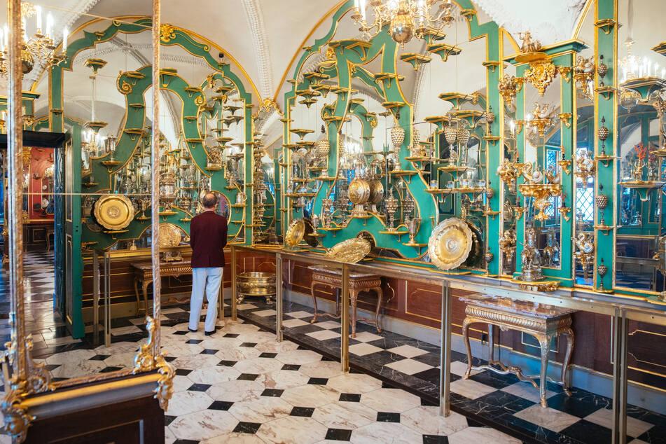 """Im Residenzschloss öffnen am Freitag das Grüne Gewölbe und die Kupferstich-Kabinett-Ausstellung """"Crossing Borders""""."""