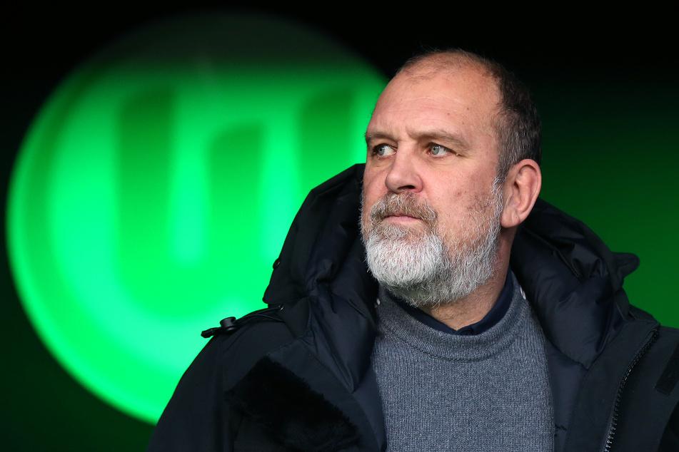 Jörg Schmadtke fürchtet, dass die Unzufriedenheit bei Oliver Glasner inzwischen sehr groß geworden ist.