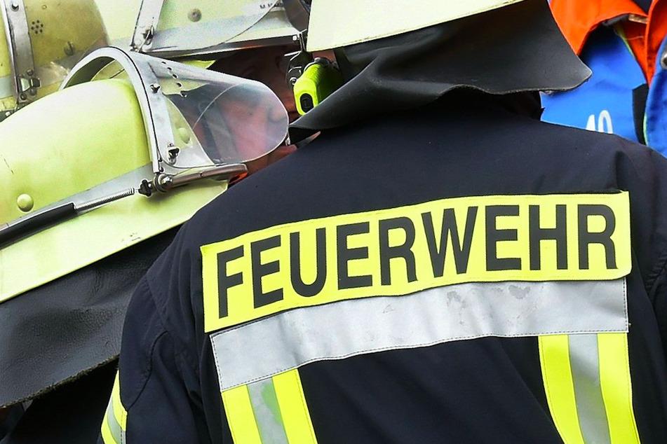 Großeinsatz in Oberfranken: Dachstuhlbrand verursacht Schaden von mehr als 350.000 Euro