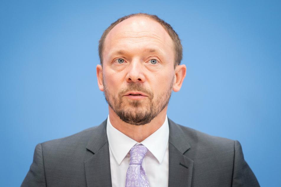 Ostbeauftragter Marco Wanderwitz (45) sorgt sich um den Corona-Herbst in den ostdeutschen Bundesländern.