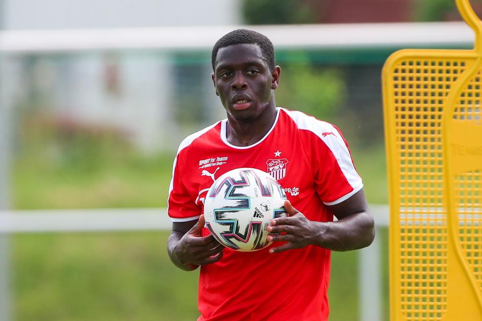 Malcolm Badu (23) könnte beim FSV der neue Mann für die rechte Außenbahn werden.