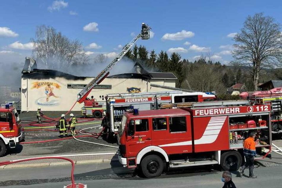 Am 27. April brannte die Ringerhalle in Markneukirchen fast vollständig aus.