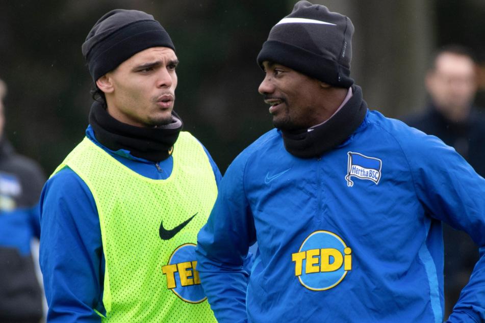 Salomon Kalou und Karim Rekik beim Training. (Archivbild)
