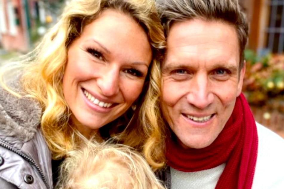 Janni Hönscheid (30) und Peer Kusmagk (45) sind ein Herz und eine Seele.
