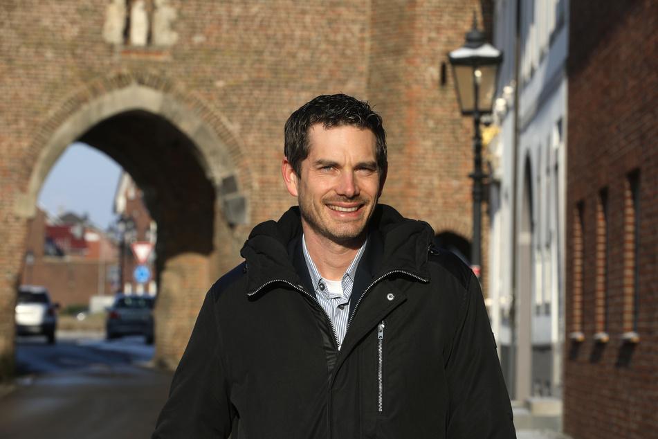 Guido Willems (39, CDU), der aktuelle Bürgermeister von Gangelt, war offenbar ebenfalls mit Corona infiziert.