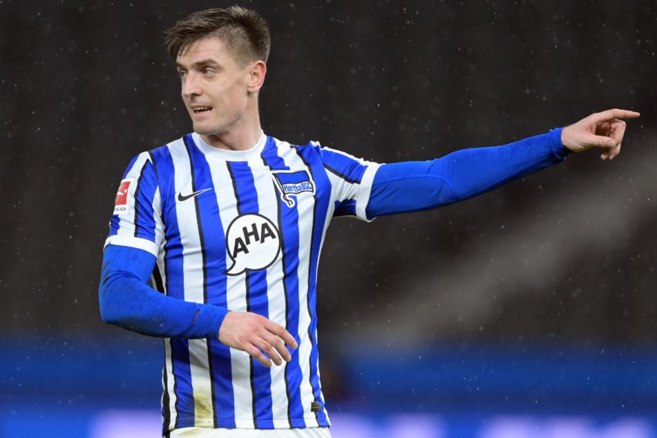 Krzysztof Piatek gibt die Richtung vor. Als einziger Bundesligist ging Hertha BSC ohne Hauptsponsor in die laufende Spielzeit.